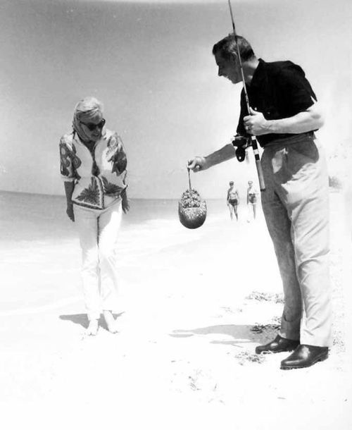 Marilyn Monroe & Joe DiMaggio (March 1961)