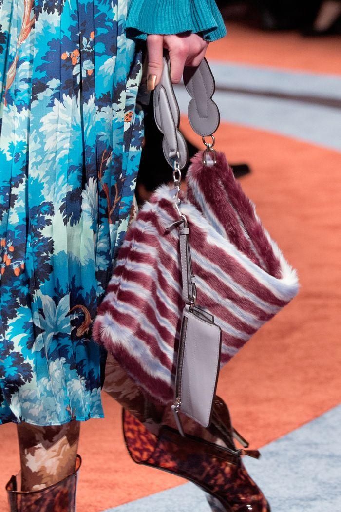 Неделя моды в Милане: 99 лучших сумок   Мода   Выбор VOGUE   VOGUE