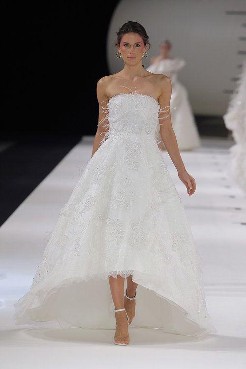 Los mejores vestidos de novia cortos 2019