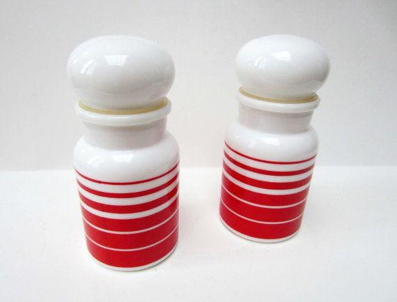 1970s vintage milk glass  JARS
