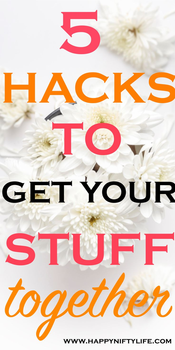 Need to get your stuff organized?Here are 5 easy hacks that will instantly make you feel put together. Don't put off these time-saving ideas to organize your day and your home.