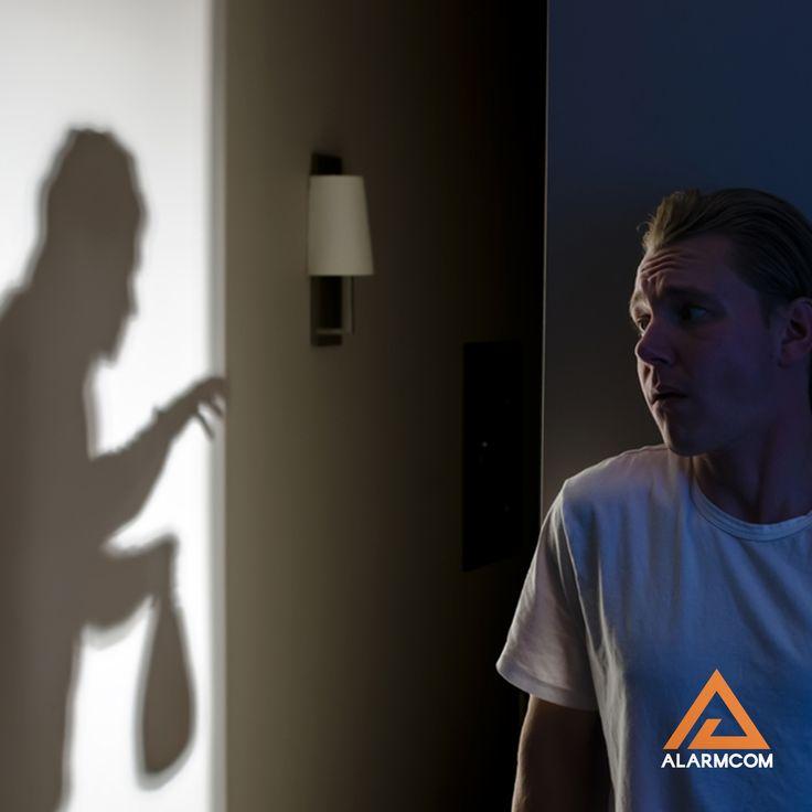 Alarmcom Akıllı Güvenlik Sistemleri ile hırsızları evinizden uzak tutun.