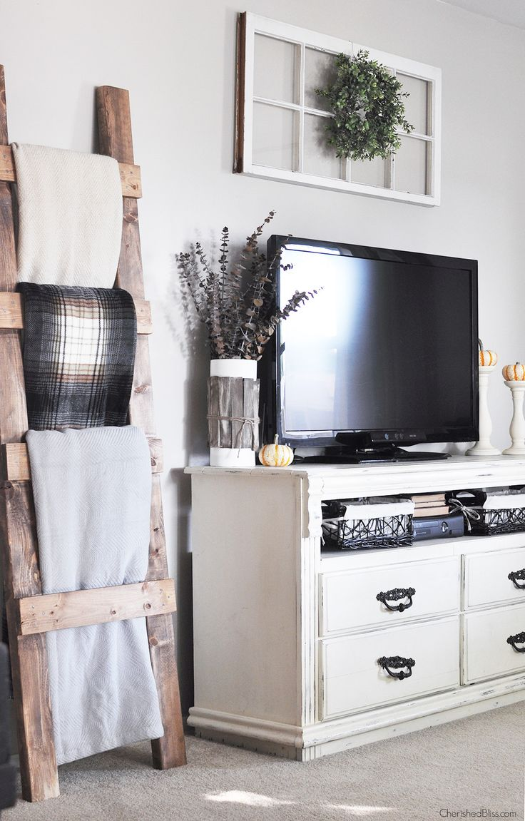 Need the blanket ladder for the living room! Fall Home Tour filled with neutral decor and simple decorating ideas. Get all the details at CherishedBliss.com