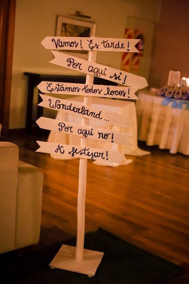 Cumpleaños Cloé / Ambientación Alicia en el país de las maravillas / Decoración fiestas / Cloes Birthday party / Alice in wonderland / Theme party / Photobooth / By LAURA&DONNA / Contact us lauraydonna@gmail.com