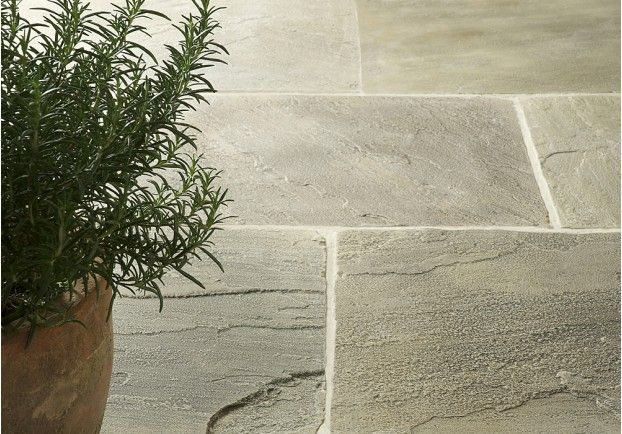 A rich, traditional sandstone that will add character to any property. The Tudor Stone Sandstone is hand finished to recreate the look of a traditional York-stone floor and features beautiful colourings that will compliment many interiors.