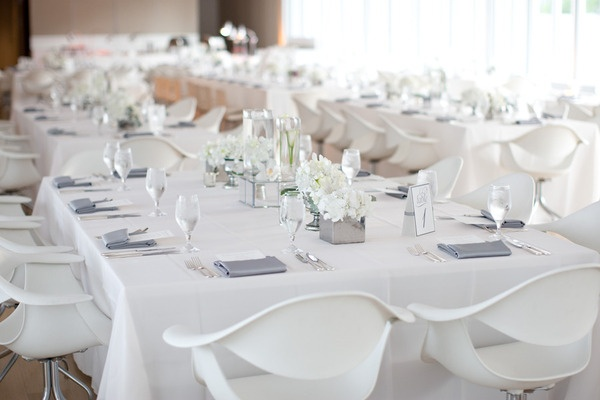 White linens with grey napkins