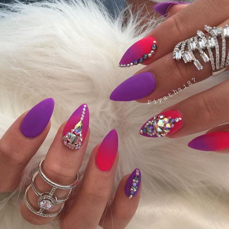 @riyathai87 @almaas_jewels #riyasnailsalon @kiaraskynails ✨#nailsmagazine