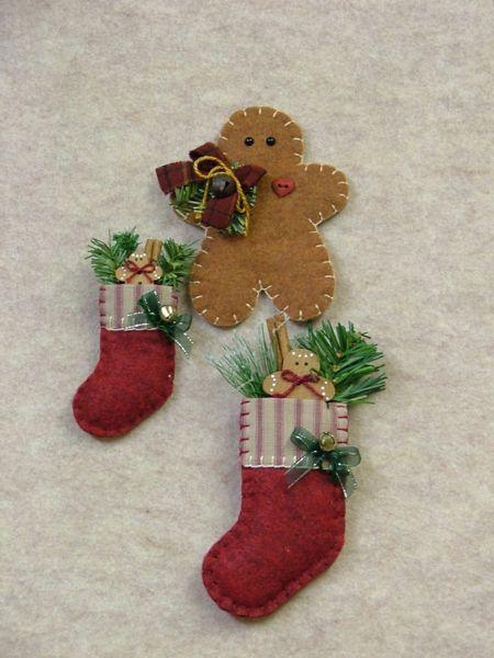 Gingerbread Ornament & Pins
