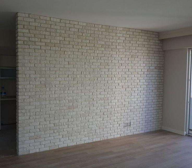 Kentish White feature wall using white mortar