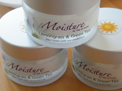 Moisture Range - Face Creams - Feel at Home