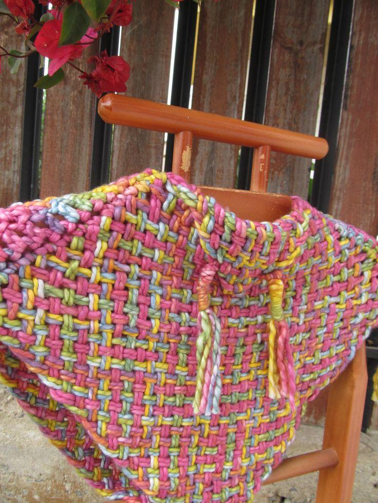 Ponchito tejido a telar con algodón natural matizados colores...hermoso!!