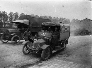 service de santé des armées archives | Archives municipales de Beaune - fonds Larfouilloux, 64Fi424 ...