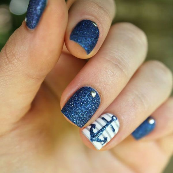 Summer Nails 2015: Navy.Glitter