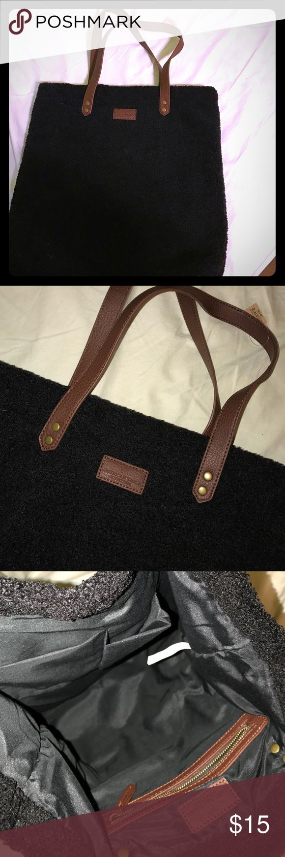 "American Eagle Tote Brand New 16""x17"" strap 10"" Open to offers 🎁 American Eagle Outfitters Bags Totes"