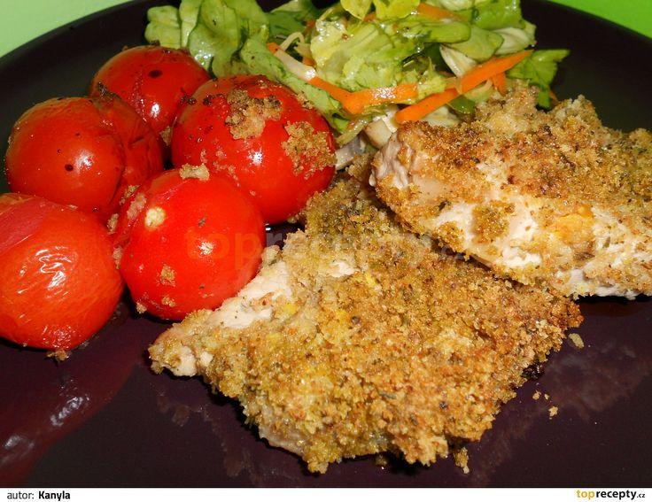 Steak z bravčovej kotlety v krustičke.             1. Troubu rozehřát na 180°C. 2. Na pánvi na oleji opéct maso z každé strany 1-2 minuty a přemístit ho do pekáče nebo na plech. 3. Toastový...