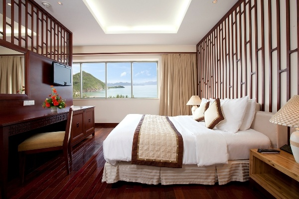 Sheraton Hotel, Nha Trang, Vietnam. travel@nttv.biz or phone (+84.8) 35129662. Affordable Luxury at www.travel.nttv.biz