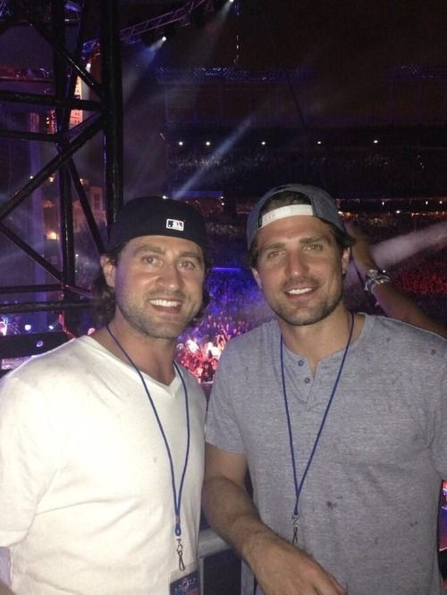 Patrick Sharp & Adam Burish