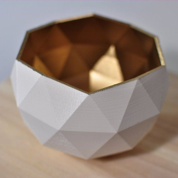 3D-printed Low Poly Bowl Golden White from lolibaloli by DaWanda.com