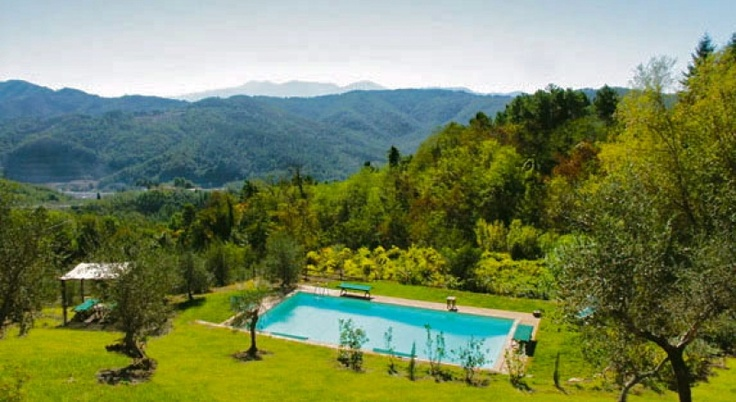 Absolutely stunning pool and view at our I Gemelli villa near Lucca, Italy.