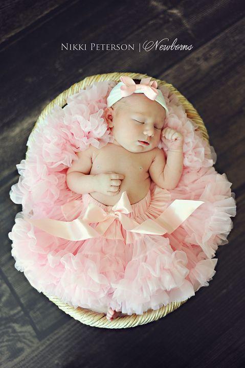 newborn photography - pink tutu