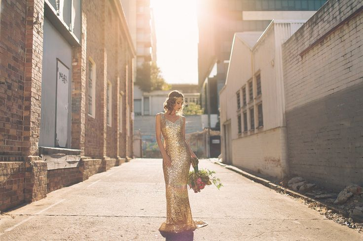 Stunning Le-lujah gown featured in Urban Gatsby Glamour shoot on The Bride's Market blog