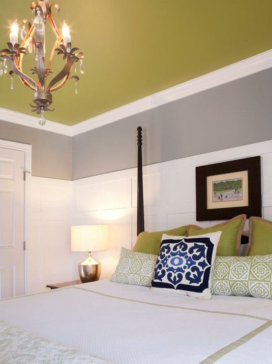 I Oike That The Wainscoting Makes The Room Feel Bright And Airy But It  Doesnu0027t Feel Boring From The Colored Ceiling.