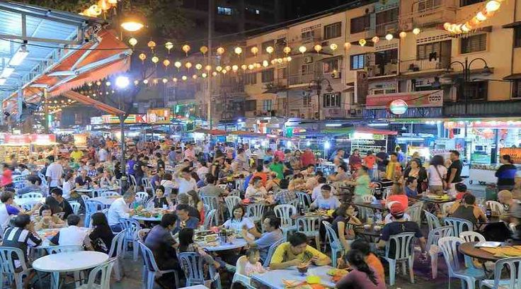 Top Malaysia Sightseeing Attractions - Jalan Alor is a standout amongst the most celebrated streets in Kuala Lumpur for sustenance.