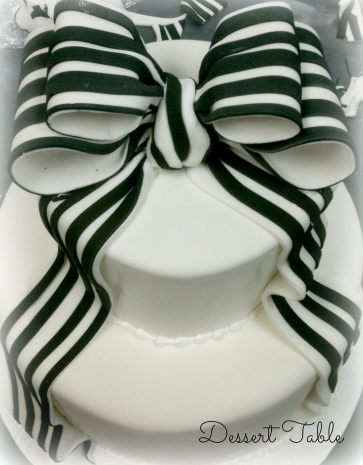Black And White Striped Fondant Bow Food Cake