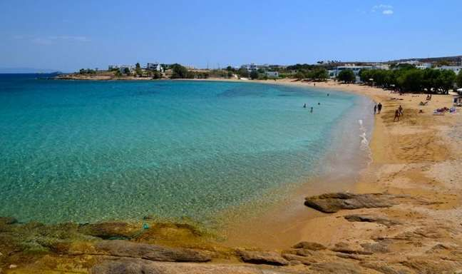 paralies paros Beaches to visit in Greece! logara