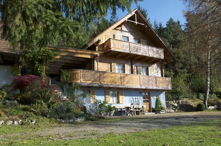 """""""Haus Waldesruh"""" ..das Gästehaus liegt 150m vom Bauernhof entfernt"""