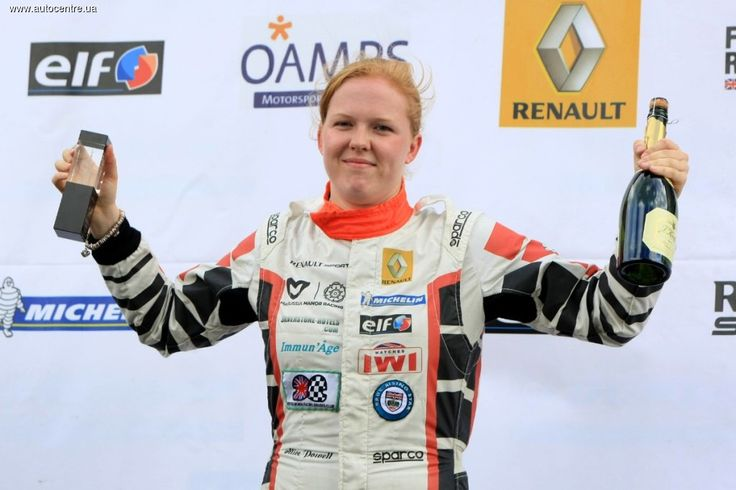 Формула 1: за команду Caterham в Абу-Даби выступит девушка?