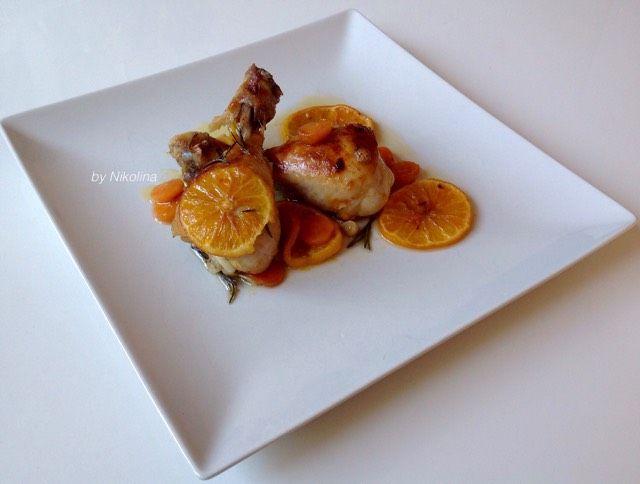ingrediente:  1-1, 20 kg. pulpe de pui 5 portocale suculent bio 3 linguri de oțet de lumină sau de ceașcă de cafea vin alb 1 lingura de miere 2-3 catei de usturoi 2-3 morcovi ulei de măsline crengute de rozmarin proaspat boia de ardei          Picioarele sunt spălate, uscate și puse în saramură făcută din sucul de trei portocale, vin alb / otet / miere usturoi / presat sau tocat / rozmarin, boia de ardei, ulei de măsline și sare. Culeasă în frigider timp de câteva ore.     …