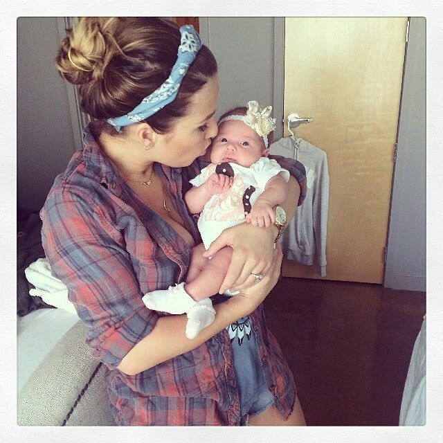 Jesse James Decker and her beautiful baby girl, Vivianne Rose Decker ♥ ;)