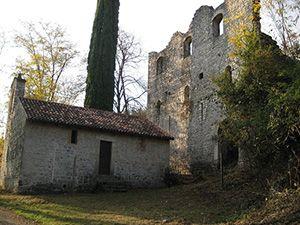 I resti delle Castello di Maniago