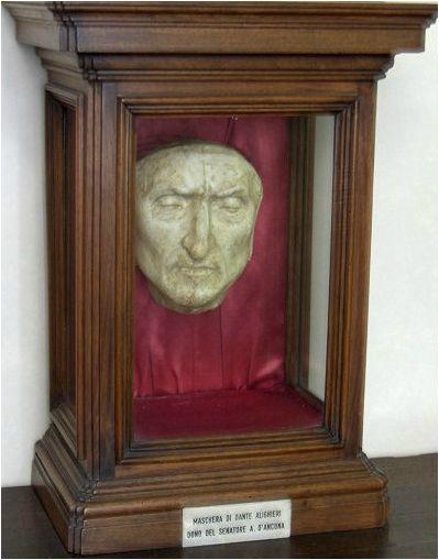 Dante Alighieri's death mask at Palazzo Vecchio, Florence, Italy. INFERNO, Dan Brown.