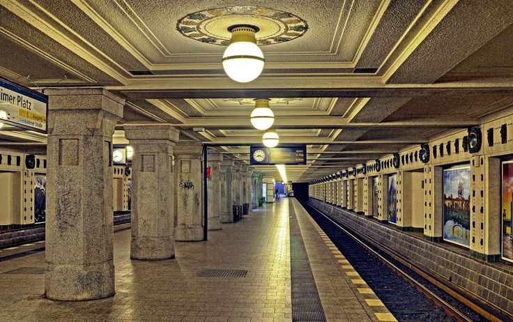U-Bahnhof Rüdesheimer Platz, Berlin, USA