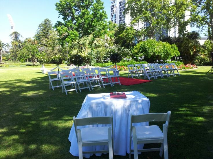 Brilliant ceremony set up by Glorious gardens and Mr pot plants in the queens gardens in east perth.