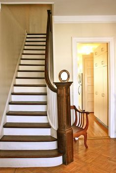 White Stair Risers       How To Paint Them and Keep Them Clean