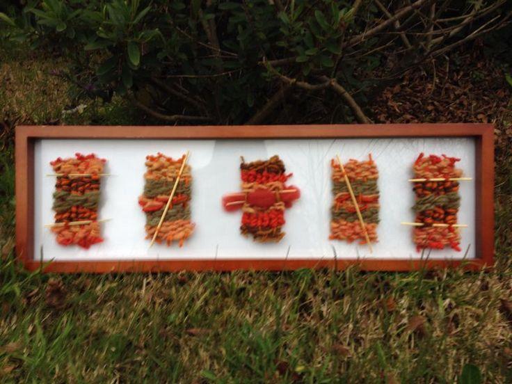 Cinco mini telares en tonos rojos y anaranjados 68x20 cms. Se realizan a pedido