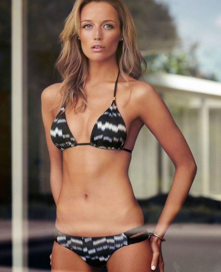 sarah dumont | Picture of Sarah Dumont | Bikinis, Triangle