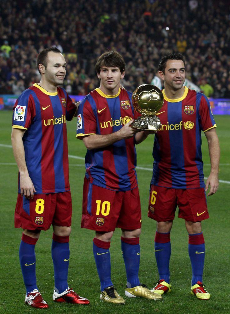 Iniesta, Messi, Xavi. Jugadores de Oro