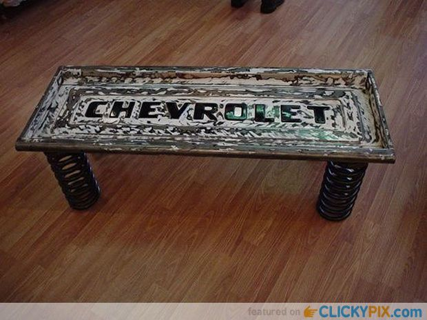 41 DIY Truck Tailgate Benches � Upcycle a Rusty Tailgate