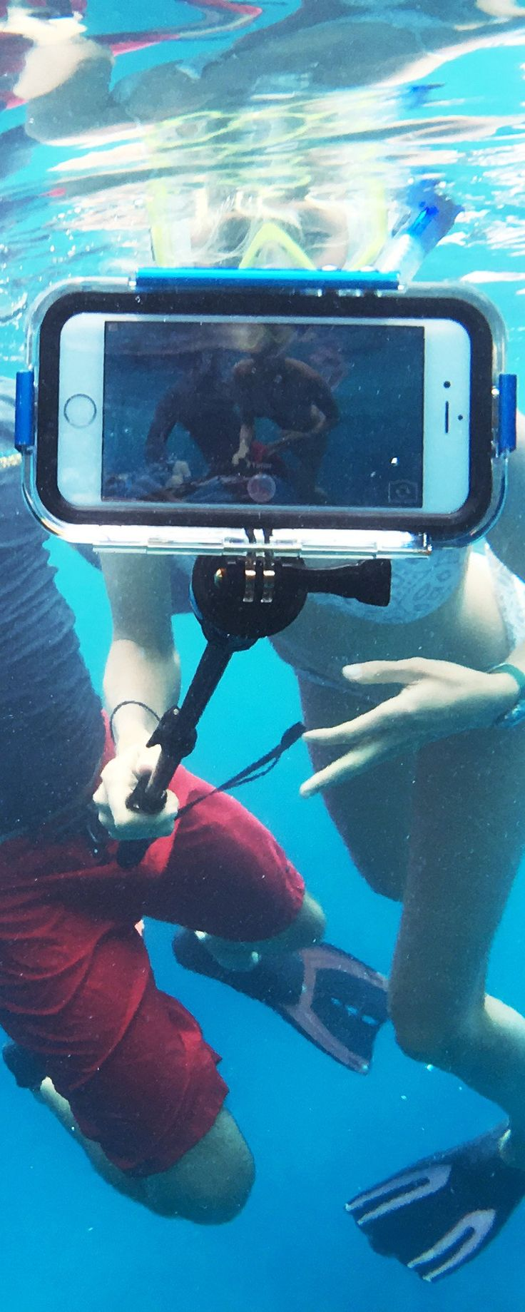 From a mountaintop to a deep-sea dive, these cases let you that capture the memories—without compromising your iPhone's safety. Discovered by The Grommet