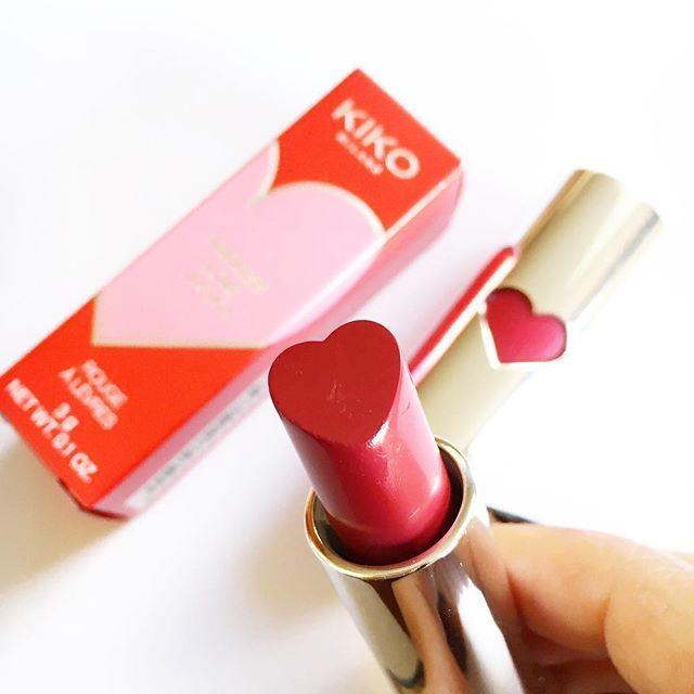 Il regalo più dolce da parte dell'amica più speciale, @marigio_ ❣ una limitate edition immancabile nelle nostre collezioni di make up #lipstick #makeup #kiko #kikomilano #heart #bemybff #endlesslove #kikotrendsetters
