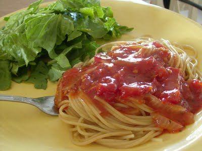 365 Days of Slow Cooking: Fresh Tomato Pasta Sauce