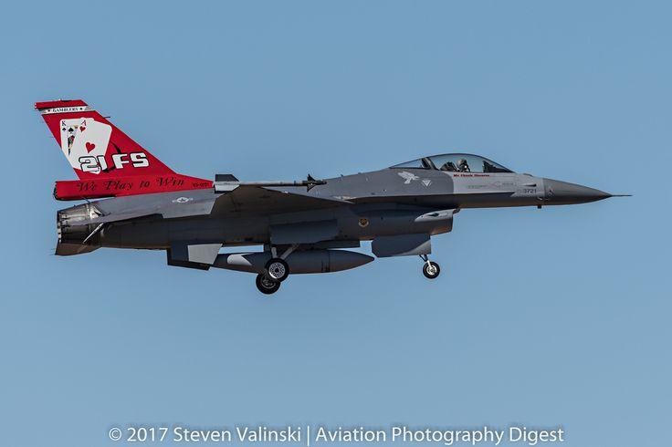 "https://flic.kr/p/Rpaky2   Lockheed F-16 Fighting Falcon   93-0721  F-16A Block 20   21st Fighter Squadron (21 FS) ""Gamblers""  Republic of China (Taiwan) Air Force  Luke AFB, AZ USA"