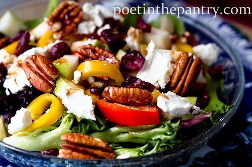 A healthy salad: Yellow Belle, Pears Salad, Healthy Salad, Healthy Eating, Summer Salad, Healthy Food, Anjou Pears, Veggies Salad, Healthy Healthy