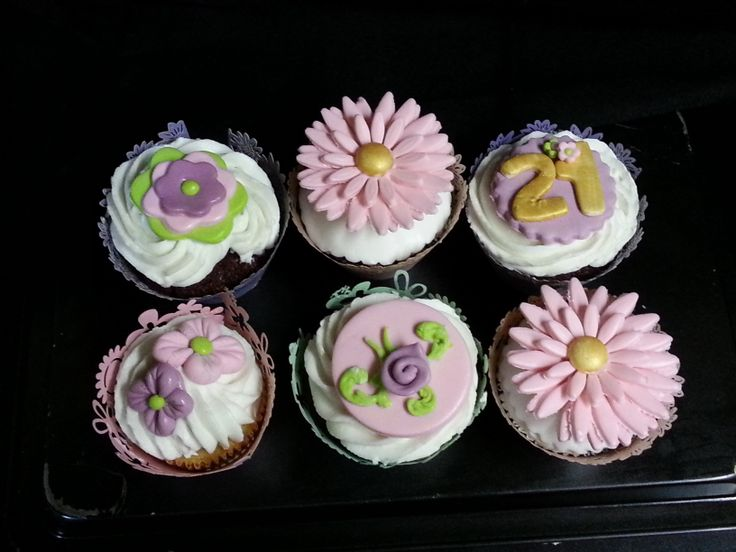 Gold & Pink & Purple Cupcakes for 21st