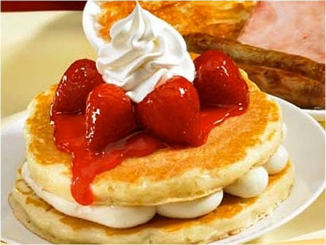 Strawberry pancakes, Mouths and Pancakes on Pinterest