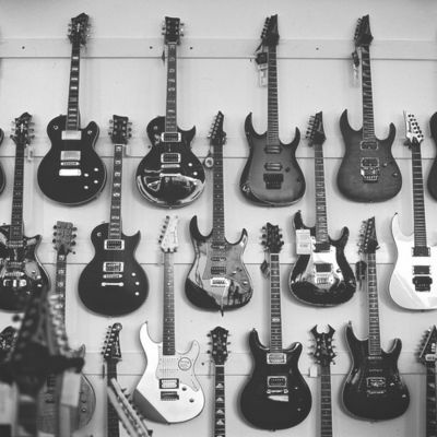 Guitars #SS13TRENDSGuitar Wall, Music Stuff, Guitar Heroes, Guitar Heavens, Rolls, Rocks, Black, Popular Pin, Electric Guitar